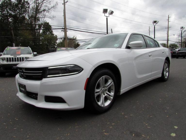 Used 2015 Dodge Charger SE for sale Sold at Victory Lotus in Princeton NJ 08540 4