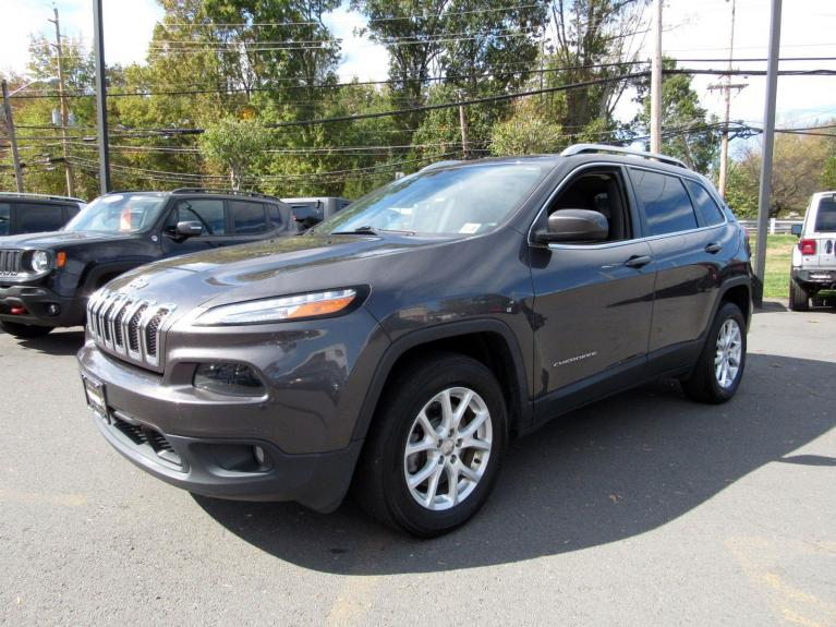 Used 2017 Jeep Cherokee Latitude for sale $18,495 at Victory Lotus in Princeton NJ 08540 4