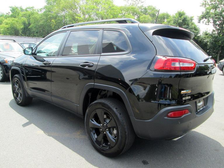 Used 2018 Jeep Cherokee Limited for sale Sold at Victory Lotus in Princeton NJ 08540 5
