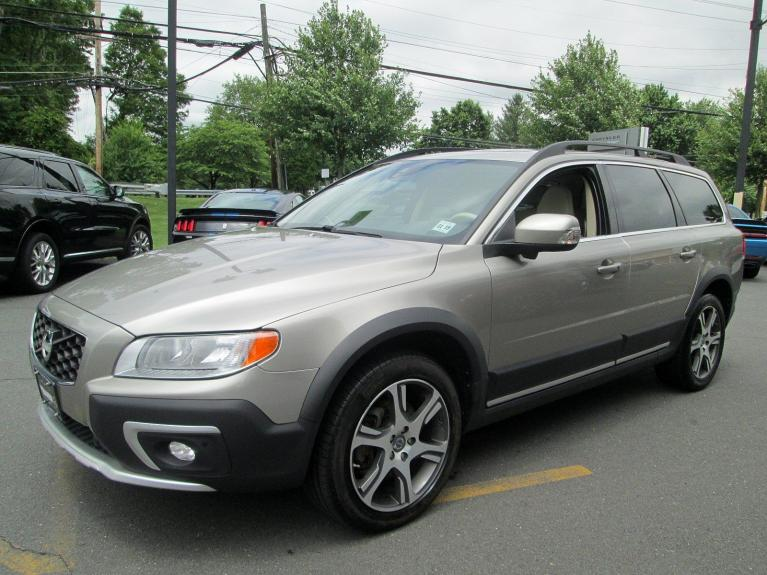 Used 2014 Volvo XC70 3.0L T6 for sale Sold at Victory Lotus in Princeton NJ 08540 4