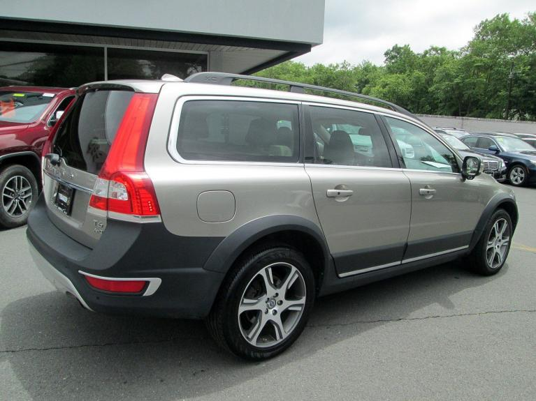 Used 2014 Volvo XC70 3.0L T6 for sale Sold at Victory Lotus in Princeton NJ 08540 7