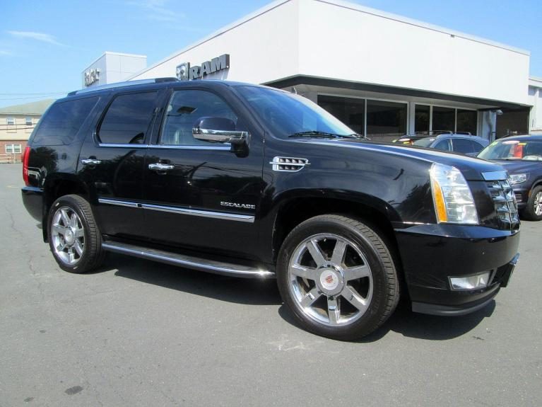Used 2013 Cadillac Escalade Luxury for sale Sold at Victory Lotus in Princeton NJ 08540 2