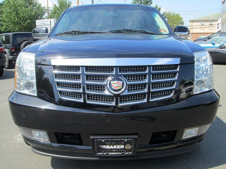 Used 2013 Cadillac Escalade Luxury for sale Sold at Victory Lotus in Princeton NJ 08540 3