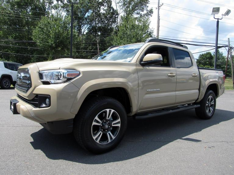 Used 2017 Toyota Tacoma TRD Sport for sale Sold at Victory Lotus in Princeton NJ 08540 4