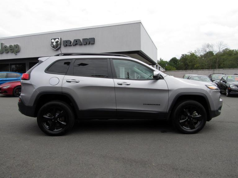 Used 2018 Jeep Cherokee Limited for sale $28,995 at Victory Lotus in Princeton NJ 08540 8